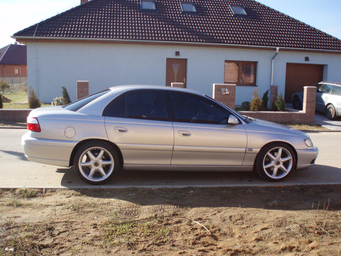 2000 opel omega 3 2 v6 automatic related infomation. Black Bedroom Furniture Sets. Home Design Ideas